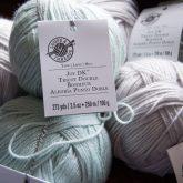 acrylic anti-pilling yarn joy dk by loops and threads