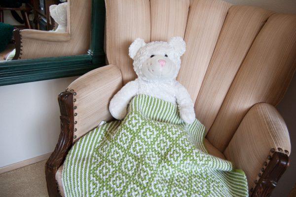 green white mosaic knitting baby blanket
