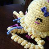 crochet amigurumi jellyfish