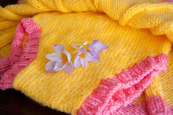 pleated baby skirt knitting pattern